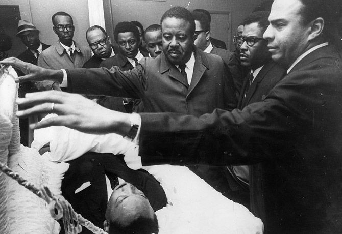 the disappointment of dr martin luther king jr on the white church of the south Effective use of language in martin luther king's leaders of the white church of the south king's letter from birmingham jail dr martin.
